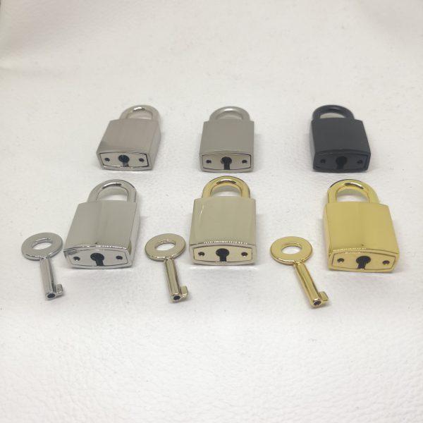 Zinc Alloy Metal Padlock for Handbag Locking or Hanging Decoration