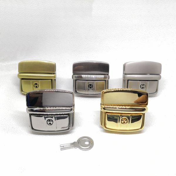 43mm (In-Belt Width) Zinc Alloy Metal Push Snap Lock for Men Bag / Leather-Made / Business Bag / D.I.Y Use